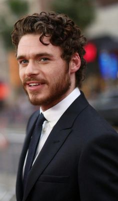 'Bodyguard' Proves Richard Madden Could Be a Worthy Successor to Daniel Craig's James Bond Curly Hair Men, Curly Hair Styles, Richard Madden Shirtless, Comb Over Haircut, Game Of Throne Actors, Daniel Craig James Bond, King In The North, Haircuts For Men, Bearded Men