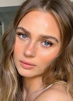 Beachy Makeup, Dewy Makeup Look, Fresh Face Makeup, Neutral Makeup Look, Natural Glowy Makeup, Natural Everyday Makeup, Skin Makeup, No Makeup, Makeup Looks For Brown Eyes