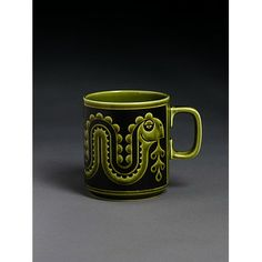 Mug - Nessie beaker - Victoria & Albert Museum - Search the Collections Ceramic Tableware, Ceramic Cups, Vintage Pottery, Pottery Art, Pottery Ideas, Hornsea Pottery, Vintage Coffee Cups, Art Nouveau, Best Coffee Mugs