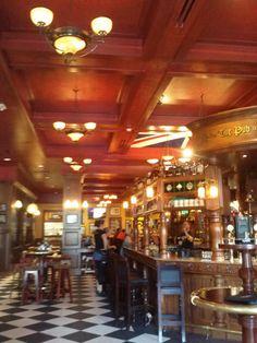 Orlando, Florida, Pointe Orlando the pub restaurant