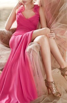Zeliha's Blog: Awesome Pink Embellished Maxi Dress