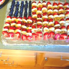 of July food - scrumptious. Summer Treats, Summer Desserts, Holiday Treats, Summer Recipes, Holiday Recipes, Fourth Of July Food, 4th Of July Celebration, 4th Of July Party, Good Food