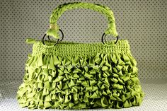 I'm not a purse person but this is too cute and would be great for gifts. Wonder how difficult it is? :)