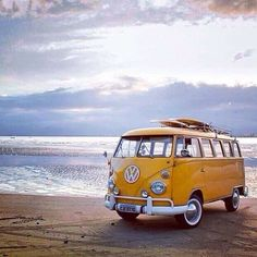 on camper van & caravan. Volkswagon Van, Volkswagen Transporter, Vw T1, Vw Camper, Campers, My Dream Car, Dream Cars, Combi T1, Combi Split