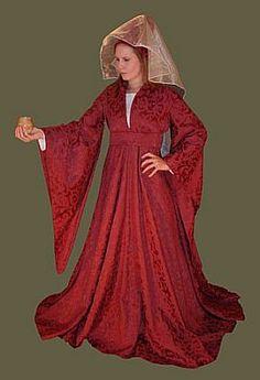 Houppelande pattern for medieval dress