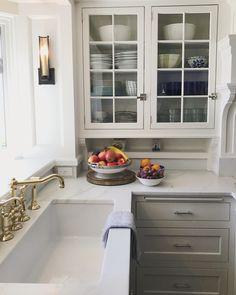 Sweet little kitchen corner! Www.sweetshadylane.com