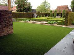 Royal Grass é indiscutivelmente a marca associada a aparência mais natural de grama artificial, e com o toque maravilhosamente suave.