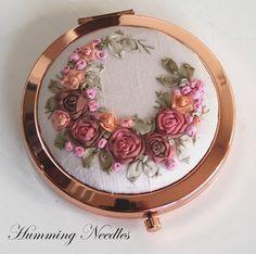 Humming Needles: Mirror Mirror On The Wall