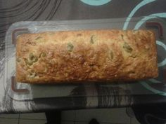 Cake aux olives et aux lardons