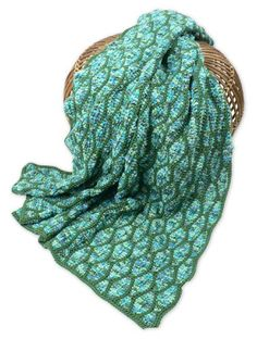 CrochetKim Free Crochet Pattern: Streamwave Throw @crochetkim
