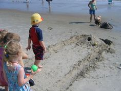Get ready for fun in the sun (and sand)! Once your little dudes and dudettes have exhausted the waves, there are plenty of land-based activities to keep them busy until sunset. Check out our list featuring everything from relay races to sea-themed scavenger hunts, and ensure that everyone has a blast by the shore this...