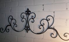 57 Ideas Metal Wall Decor Living Room Wrought Iron Shabby Chic For 2019 Wrought Iron Wall Decor, Metal Wall Decor, Iron Headboard, Headboards, Shabby Chic Decor Living Room, Room Decor, My Living Room, Indoor Outdoor, Outdoor Ideas