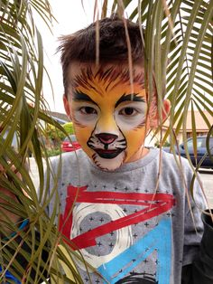 Lion Face Painting Facebook.com/taylorfacepaints Taylorfacepaints.com @taylorfacepaints