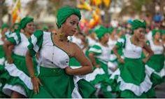 """Mujeres de Arica en  """"Carnaval con la Fuerza del Sol"""". Arica. Chili"""