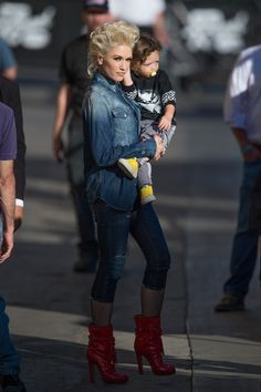 Gwen Stefani wearing  Dsquared2 Patent Boot, Dsquared2 Cropped Jeans, Dsquared2 Denim Shirt
