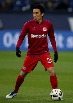 Makoto Hasebe of Frankfurt warms up before the Bundesliga match between FC Schalke 04 and Eintracht Frankfurt at Veltins-Arena on January 27, 2017 in Gelsenkirchen, Germany.