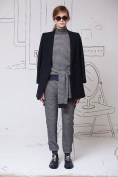 http://www.fashizblack.com/collections/band-of-outsiders-automnehiver-2014-2015-new-york-fashion-week/attachment/fw14-band-of-outsiders-new-york-21/