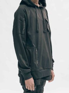 pullover-tech-hoodie-black-5.jpg (1152×1550)