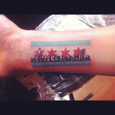 What does chicago skyline tattoo mean? We have chicago skyline tattoo ideas, designs, symbolism and we explain the meaning behind the tattoo. Chicago Skyline Tattoo, Chicago Tattoo, Boston Skyline, Best 3d Tattoos, Unique Tattoos, Beautiful Tattoos, Tattoo Fonts, Tattoo Quotes, Ink Addiction
