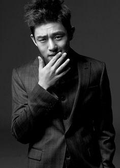 Yoo Ah In 유아인 _devastatingly handsome! Korean Celebrities, Korean Actors, Asian Actors, Celebs, Sungkyunkwan Scandal, Cleft Chin, Yoo Ah In, Piano Man, Korean People