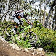 RG hilltop_hacks: Nello getting in on the action at the Baw Baw Vic Enduro http://ift.tt/1RO8gys
