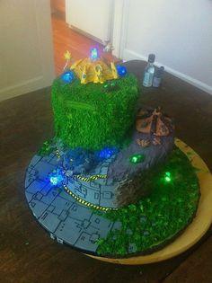 Starcraft 2 cake!