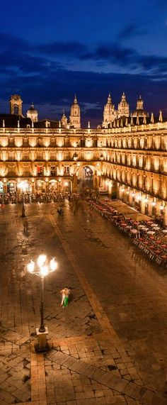 Spain Travel Inspiration - Plaza Mayor, Salamanca, December 2015