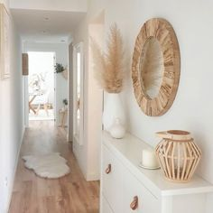 "Cozy Home Shots on Instagram: ""Hi there🙌 How nice is this soft and woody hallway of @deco_dulcehogar🧡 Have a nice day everyone🤗  #cozyhomeshots #cozyhome #dailydecordose…"""