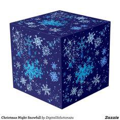 Christmas Night Snowfall Cube