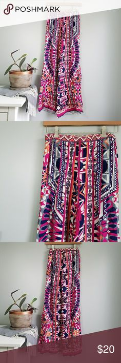 """Flying Tomato   Boho Palazzo Festival Pants New with tags and from a smoke free home.  Waist: 15"""" across Length: 31"""" Flying Tomato Pants"""