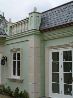 Cast Stone Quoins With Midline Banding And Window Surrounds