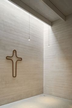Immanuel Church and Parish Centre in Cologne by Sauerbruch Hutton – Design Exchange Sacred Architecture, Religious Architecture, Church Architecture, Beautiful Architecture, Interior Architecture, Church Interior Design, Church Design, Modern Church, Kirchen
