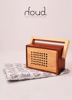 #radio #wood #dial #sound #design #houd