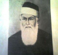 الشاعر الحمصي الشيخ امين الجندي - 1766- 1840م اشهر من نظم القدود وهو القائل ( عيرتني بالشيب وهو وقار * ليتها عيرت بما هو عار ) .