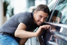 Tips in Buying A Car This Holiday Season - https://www.debtconsolidationusa.com/personal-finance/tips-buying-car-holiday-season.html