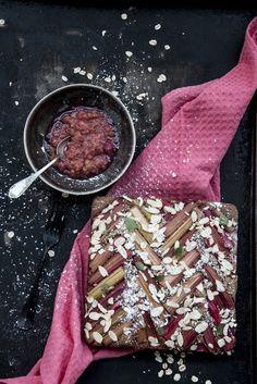 Od A do Z gotuj!: Szybkie ciasto z rabarbarem, kakao i mąką owsianą