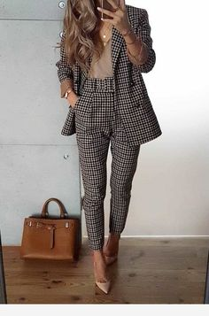 The Best Fall Outfits To Copy Right Now - Fashion Trend 2019 - Herren- und Damenmode - Kleidung Business Casual Outfits, Business Fashion, Classy Outfits, Business Attire, Lawyer Fashion, Chic Outfits, Business Lady, Corporate Fashion, Business Style