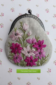 Embroidery Purse, Sashiko Embroidery, Embroidery Works, Hand Embroidery Stitches, Silk Ribbon Embroidery, Embroidery Applique, Lace Beadwork, Hand Embroidery Tutorial, Brazilian Embroidery