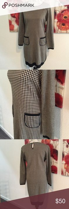 """Nine West Sweater Dress in brown and tan Sophisticated sweater dress in like new condition. Interesting pattern, key hole back closure, leather trimmed collar. Same trim used around the two front pockets. Bust 38"""", length 36"""" Nine West Dresses"""