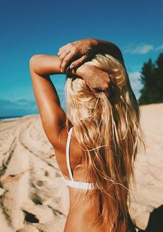 Organic Mobile Spray Tan. We Come To You In Minutes. Call 305-333-0457