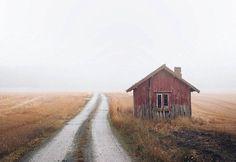 Abandoned Houses in Scandinavia http://ift.tt/2bASmf7