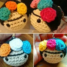 Llavero Frida Al Crochet - $ 70,00 en Mercado Libre Crochet Bear, Crochet Motif, Crochet For Kids, Crochet Dolls, Crochet Patterns, Crochet Hats, Crochet Keychain, Crochet Necklace, Disney Dolls