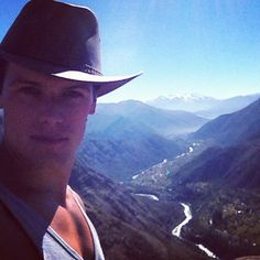Turns Out Sam Heughan Is Pretty Damn Amazing On Instagram