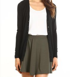 Just love this whole outfit ? Skater skirt, black cardigan and t-shirt from Cotton On : Just love this whole outfit ? Skater skirt, black cardigan and t-shirt from Cotton On Black Skater Skirt Outfit, Green Skater Skirt, Skater Outfits, Mode Outfits, Outfits For Teens, Skater Skirts, Fall Skirts, Casual Skirts, Casual Outfits