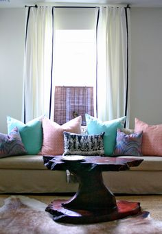 mint and coral pillows on a neutral sofa with black accents- design manifest Nest Design, House Design, Home Living Room, Apartment Living, Living Room Designs, Coral Pillows, Throw Pillows, Neutral Sofa, Custom Cushions