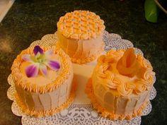 Mini Cakes & Dendrobium