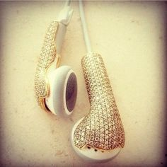 Just when you think they've run out of things to invent: Diamond and gold headphones.