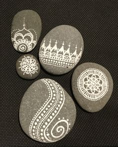 Set of 5 Hand-Painted Stones, Mandala painted rocks, interest pieces, stone display, Rock Painting Patterns, Dot Art Painting, Rock Painting Designs, Pebble Painting, Pebble Art, Stone Painting, Stone Crafts, Rock Crafts, Mandala Painted Rocks