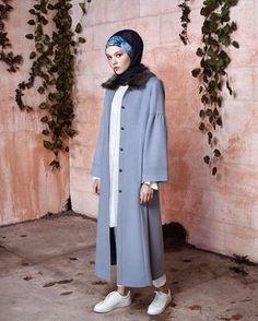 954 likes, 67 comments - Nihan ( . Modern Hijab Fashion, Muslim Fashion, Modest Fashion, Fashion Outfits, Women's Fashion, Modest Dresses, Modest Outfits, Conservative Outfits, Hijab Style Dress