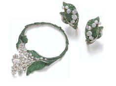 "The ""Diorissimo"" necklace made by Victoire de Castellane for Christian Dior"
